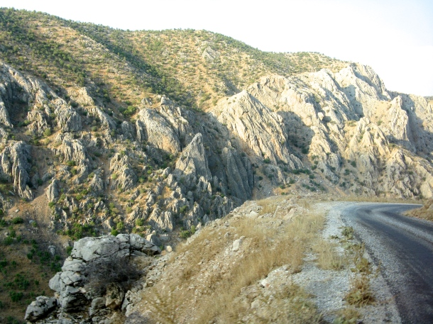 road-in-turkey