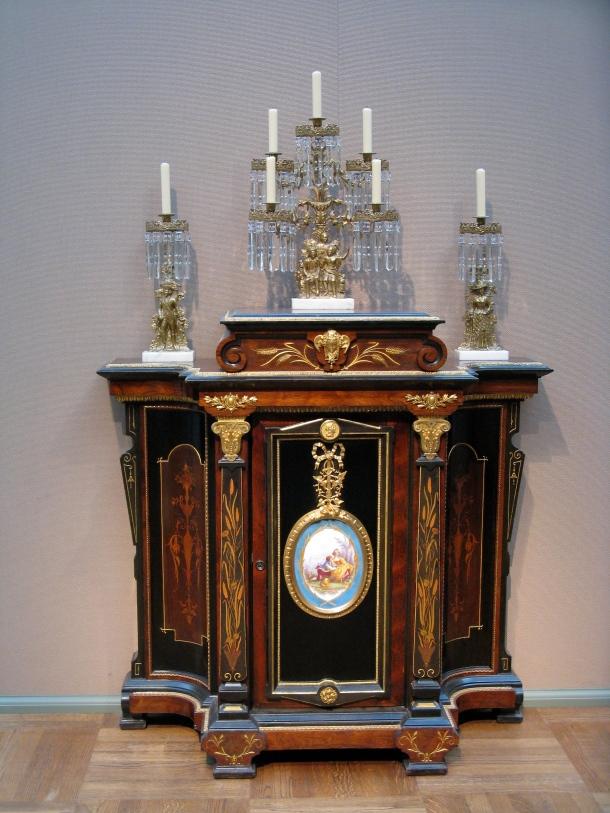 toledo-museum-of-art-furniture